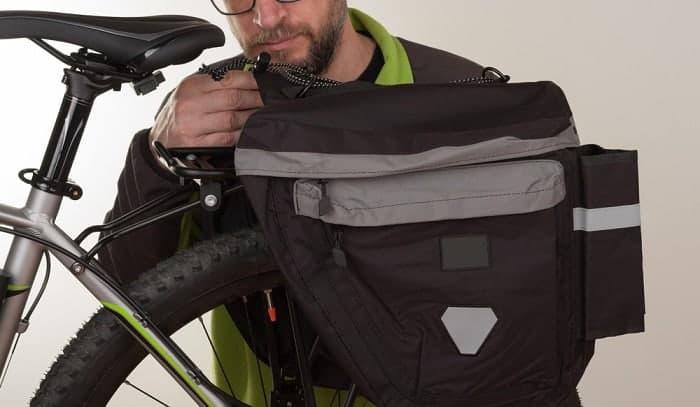 attach-backpack-to-bike-rack