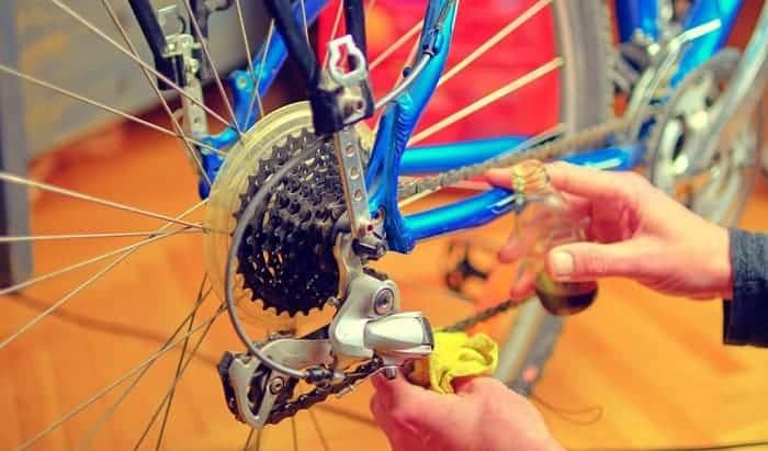 degrease-bike-chain