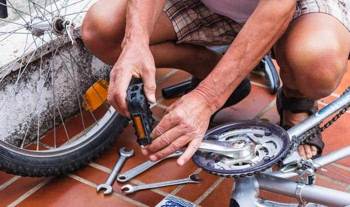 how to remove and install bike pedals