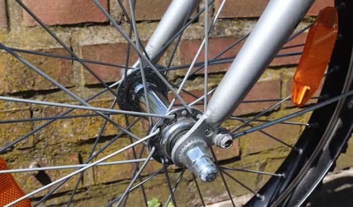 lacing-a-wheel