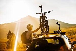 installing-bike-rack-on-car
