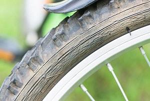 replace-road-bike-tube