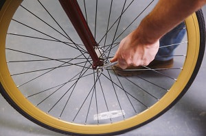 road-bike-tire-replacement